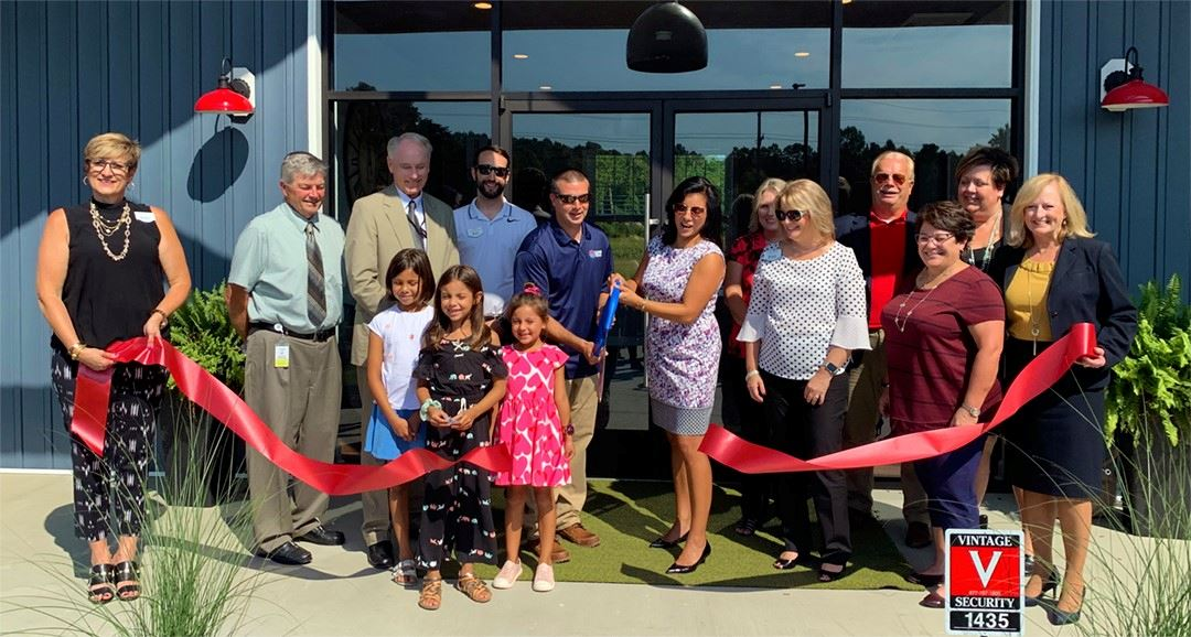 Capps Mechanical Ribbon Cutting